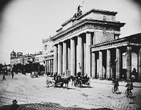 Berlin / Brandenburg Gate / Levy / 1900