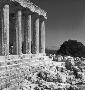 Temple of Aphaea (b/w photo)