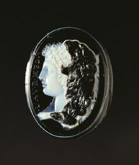 Cameo of the head of Hercules, 1st century BC (onyx and sardonyx)