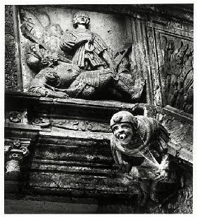 Gargoyle and sculpture from the Grosse Wendelstein staircase, Schloss Hartenfels, Torgau