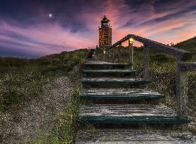Way to lighthouse