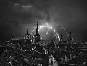Chaos in the sky of Bruges